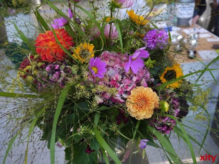 Blumen traditionell Geschenk Nummer 1 an Muttertag (Foto: xity)