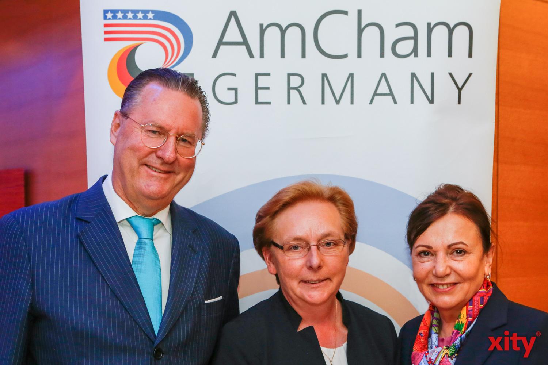 Dr. Alexander Schröder-Frerkes (Bird & Bird LLP; Chairman AmCham Germany Chapter NRW), Christiane Grün (3M), Petra Wassner (NRW.INVEST GmbH) (Foto: xity)
