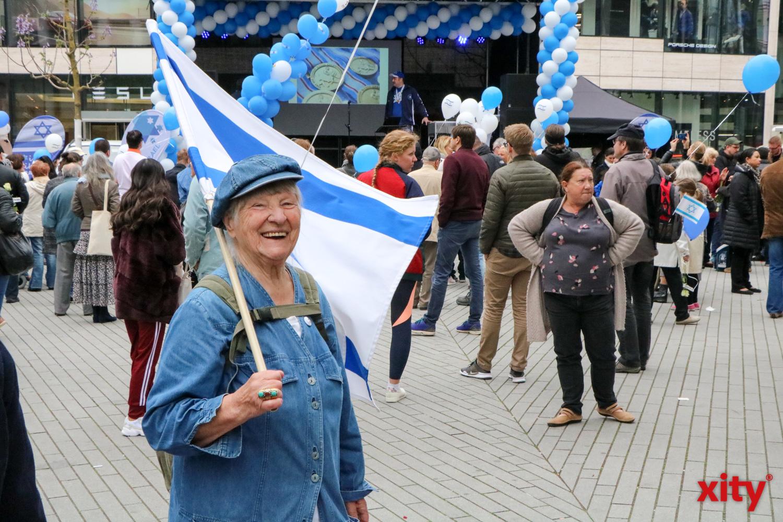Viele Besucher feierten den Israeltag in Düsseldorf (Foto: xity)