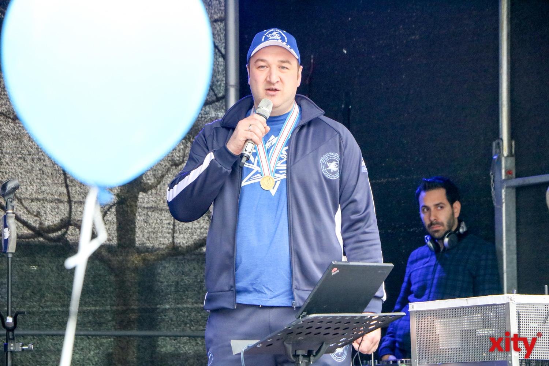 Der Eishockeyspieler Evgeni Kozhevnikov freute sich über die tolle Stimmung in Düsseldorf (Foto: xity)