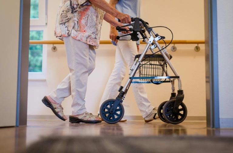 Pflegebeauftragter fordert mehr medizinische Befugnisse für Pflegekräfte