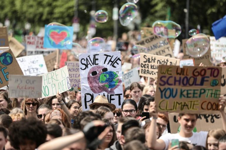Erneut Zehntausende für Klimaschutz auf der Straße