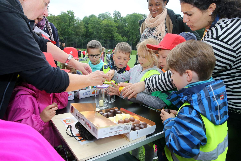 Viele begeisterte Kinder beim Tag der Forscher. (Foto: Stadt Mönchengladbach)