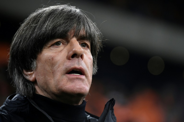 Bundestrainer Jogi Löw in Klinik