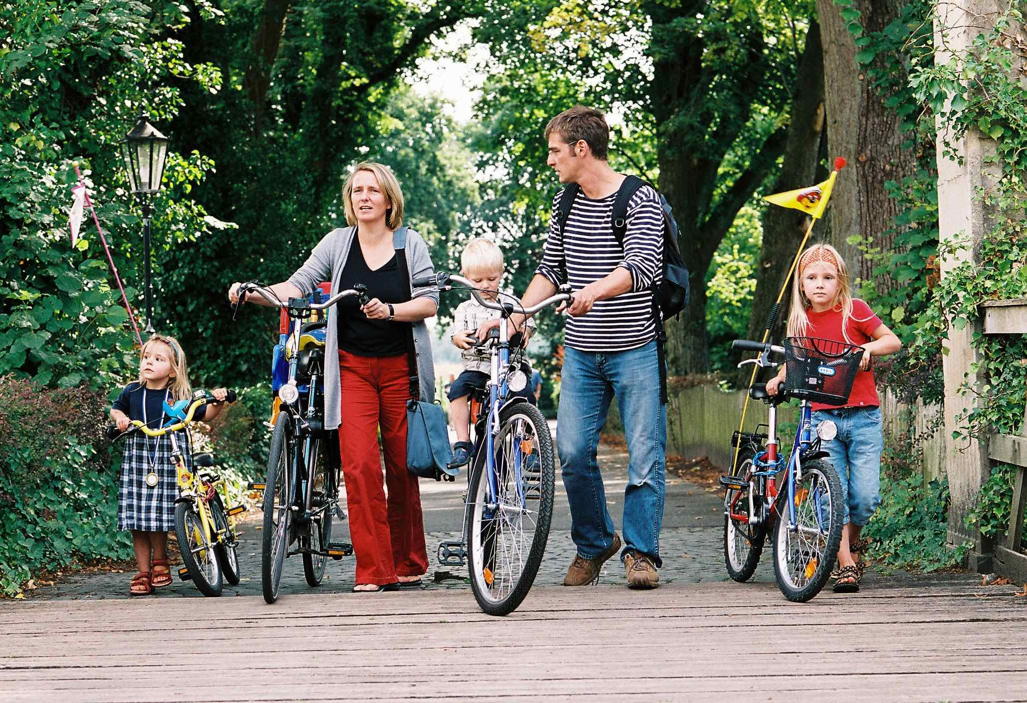 Urlaub in der Heimat lohnt sich: Das Münsterland hält für Familien schöne Touren und Ausflugstipps bereit. (Foto: Münsterland e.V.)
