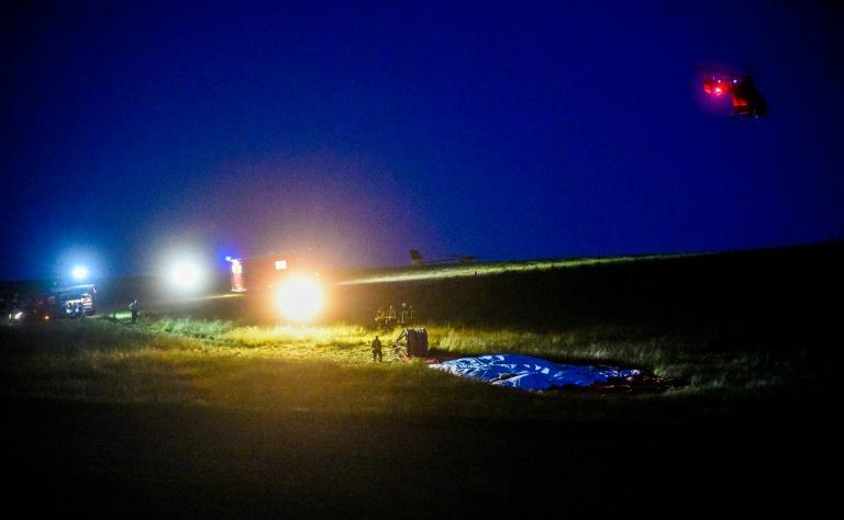 Nach Absturz von Heißluftballon im Sauerland zwei Menschen in Lebensgefahr (© 2019 AFP)