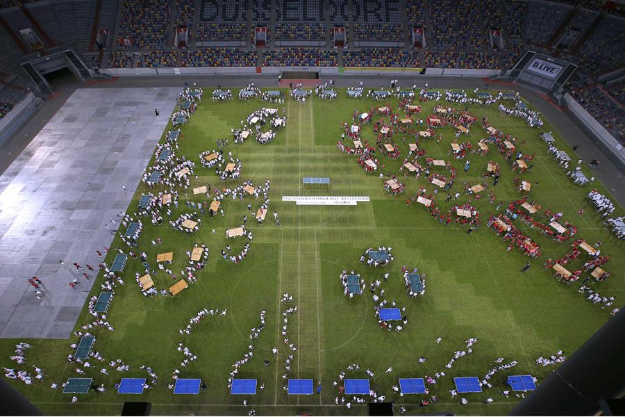 SingPong-Auftaktveranstaltung mit neuem Rundlauf-Weltrekord (Foto: Anke Hesse/Borussia Düsseldorf)