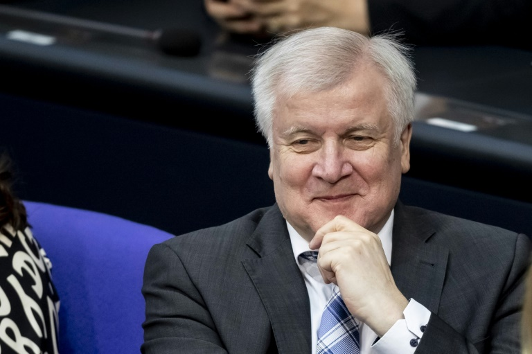 Seehofer sorgt mit Äußerung zu Tricks bei Gesetzgebung für Aufsehen (© 2019 AFP)