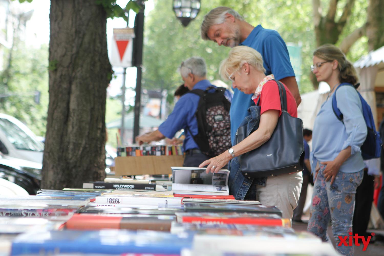 Der Bücherbummel auf der Königsallee ist Tradition (Foto: xity)
