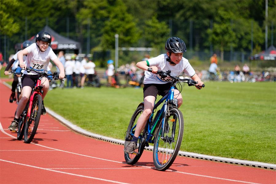 Petit Depart im Sportpark Niederheid (Foto: Stadt Düsseldorf/Uwe Schaffmeister)