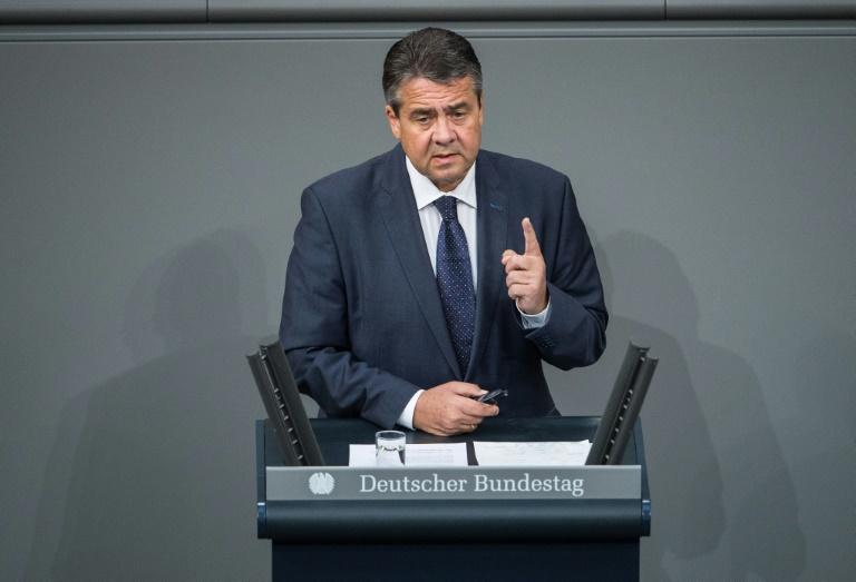 Gabriel denkt über vorzeitige Niederlegung seines Bundestagsmandats nach