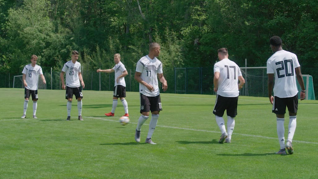 Die Nationalmannschaften des DFB bereiten sich auf 2020 vor (Foto: Hellofootage)