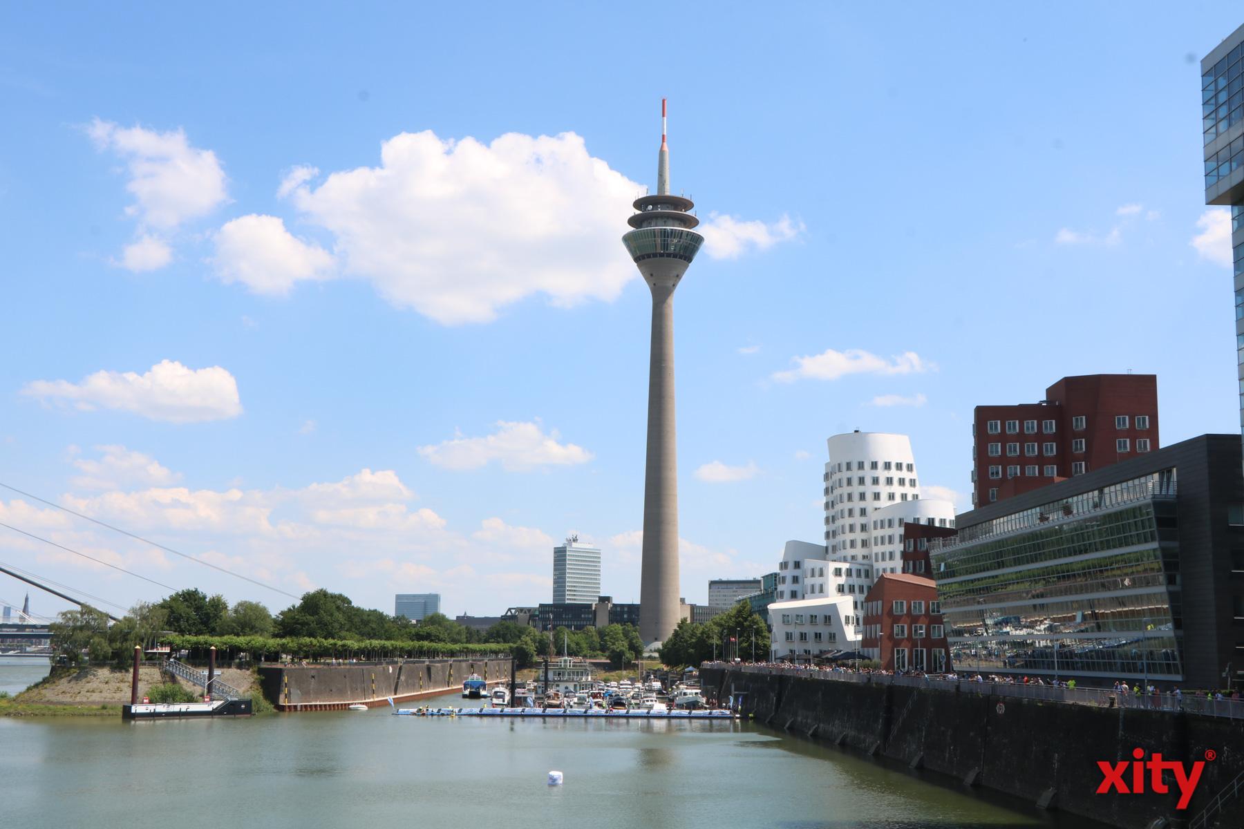 Der Düsseldorfer Hafen war ganz im Triathlon-Fieber (Foto: xity)