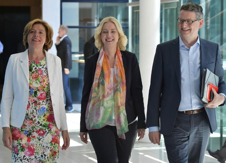 SPD-Vorstand öffnet Weg für Doppelspitze für Parteivorsitz