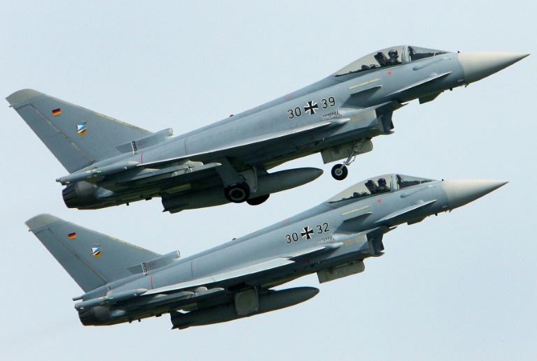 Hunderte Soldaten suchen nach Eurofighter-Absturz nach Wrackteilen
