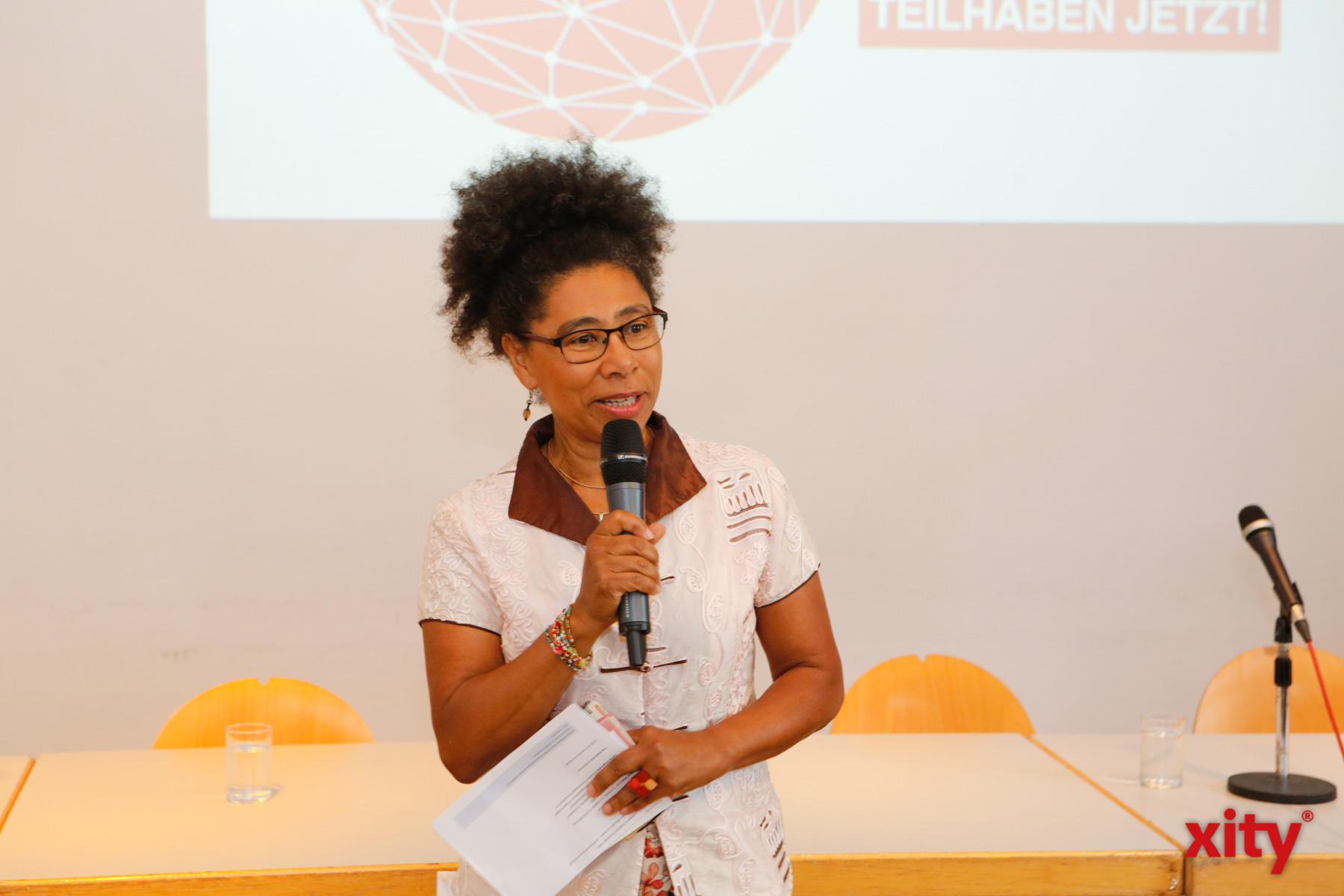 Moderiert wurde die Konferenz von Tina Adomako (Foto: xity)