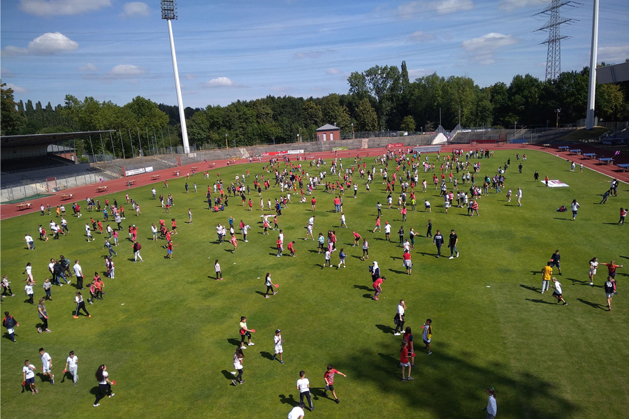 600 Kids beim musikalischen Rundlauf dabei (Foto: Wieland Speer)
