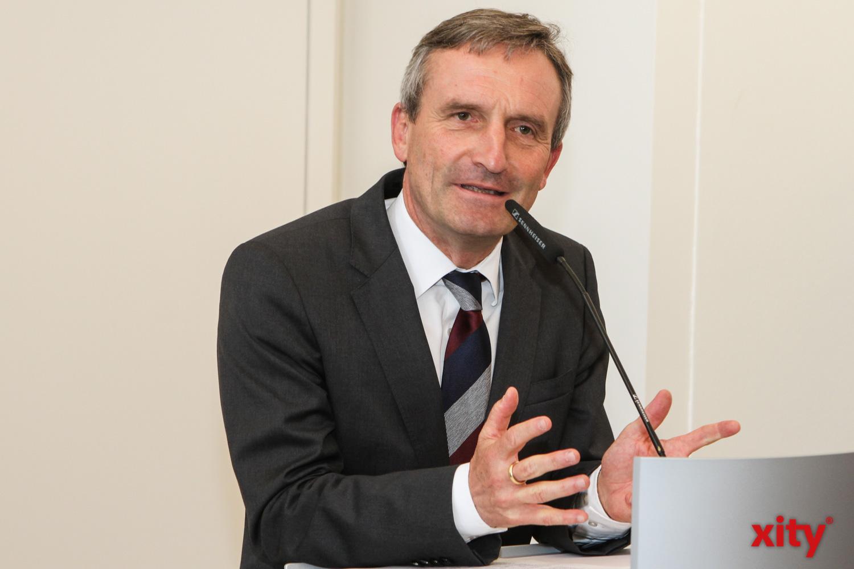 OB Thomas Geisel erklärte in seiner Rede, wie wichtig die Deutsch-Französischen Beziehungen für Europa sind (Foto: xity)