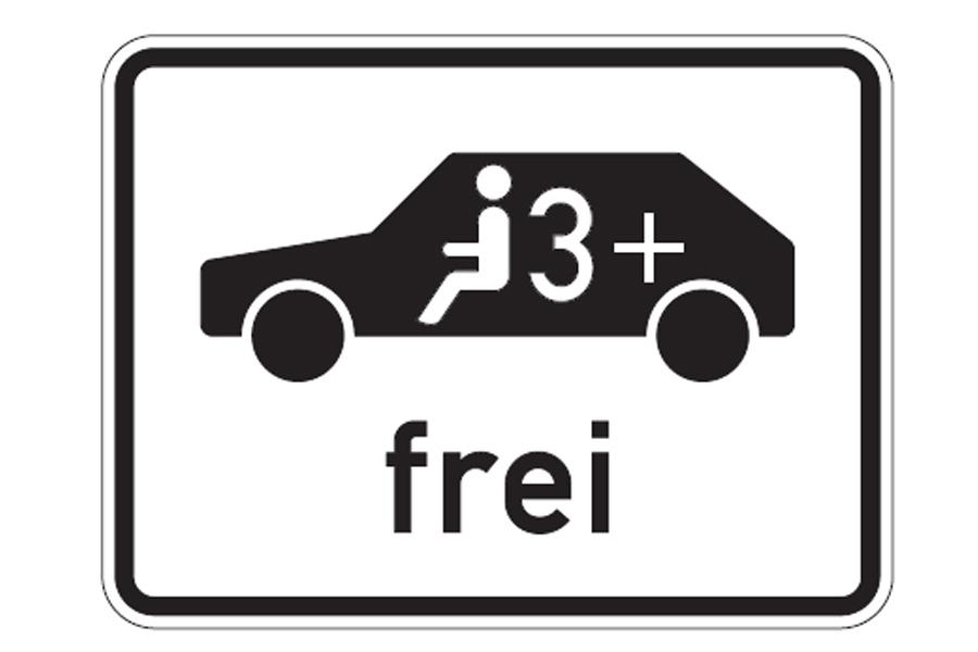 Die Freigabe erfolgt durch die Anbringung eines neuen Verkehrszeichens (Foto: Stadt Düsseldorf, Amt für Verkehrsmanagement)