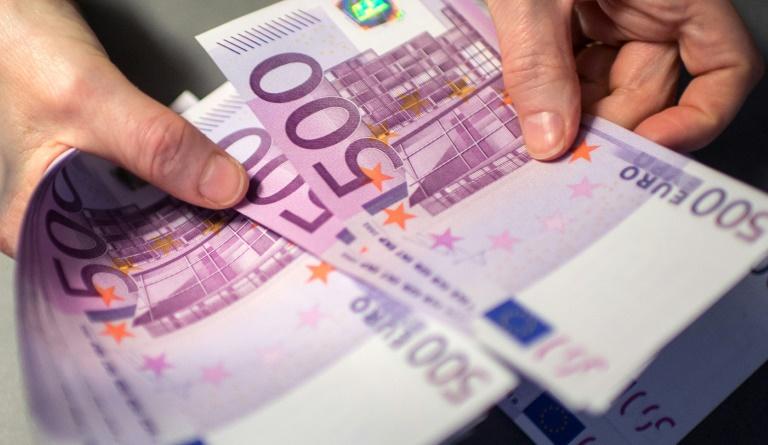 """Steuergewerkschaft: Finanzämter greifen bei """"Reichsbürgern"""" jetzt hart durch (© 2019 AFP)"""