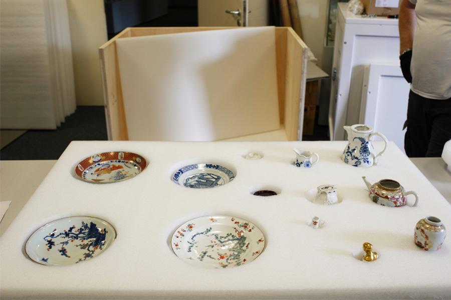 Auch diese Teller werden in den fünf Museen in China ausgestellt (Foto: Stadt Düsseldorf/Hetjens - Deutsches Keramikmuseum)