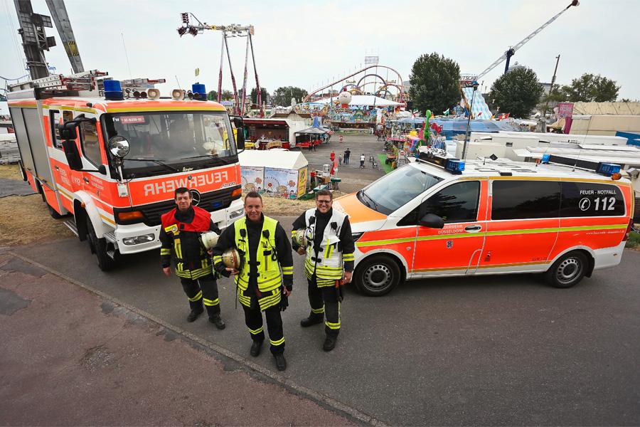 """Mit Start der """"Größten Kirmes am Rhein"""" beginnt für die Einsatzkräfte von Feuerwehr, Rettungs- und Sanitätsdienst eine arbeitsintensive Zeit (Foto: Stadt Düsseldorf/David Young)"""