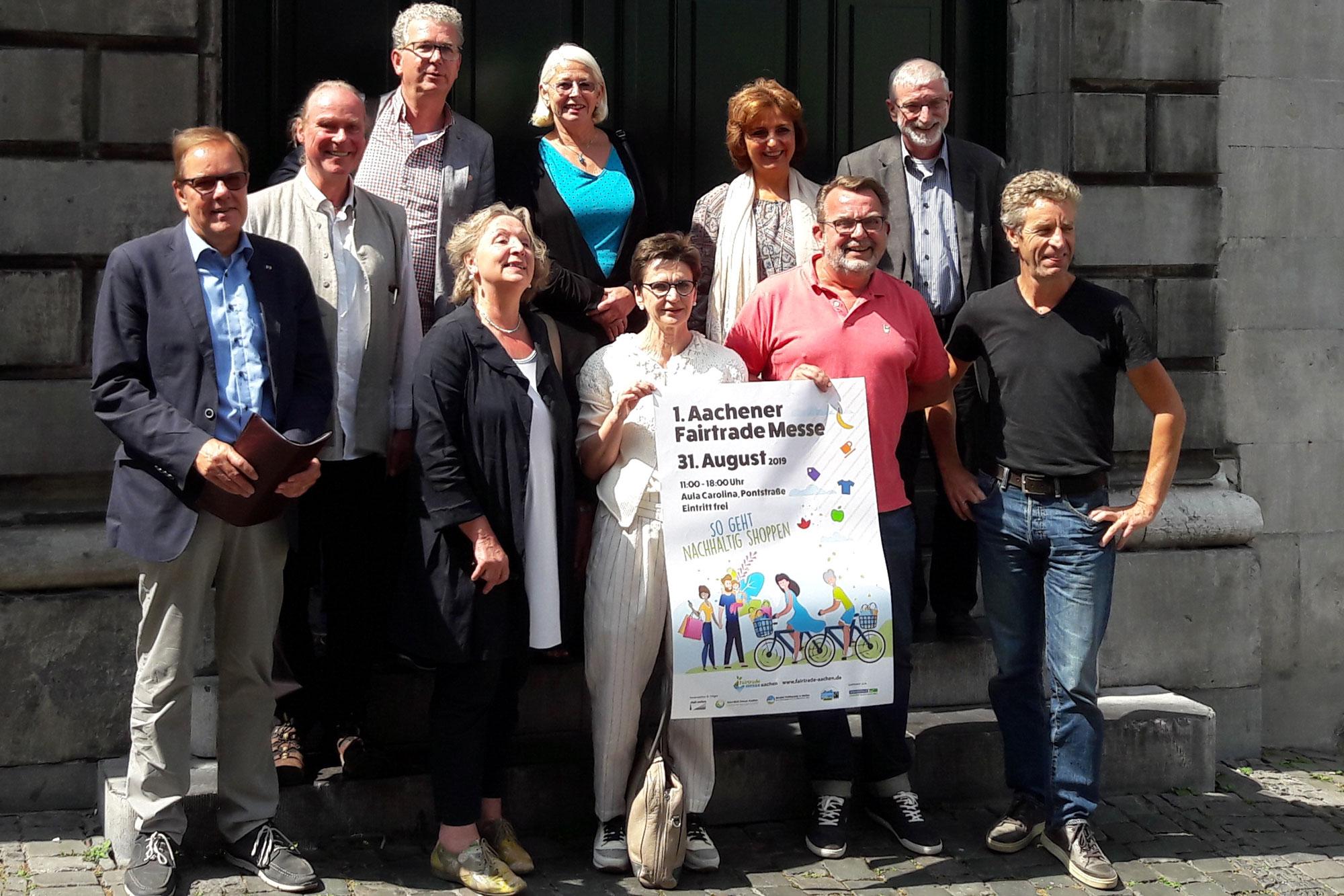 Manfred Piana, Martin Luhn, Thomas Bürgerhausen, Bürgermeisterin Hilde Scheidt, Dagmar Müller, Silvia Moss, Mona Pursey, Ralf Rossbruch, Elmar Wiezorek  und Siegbert Gossen. (Foto:Stadt Aachen)
