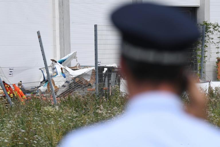 Drei Menschen sterben bei Absturz eines Kleinflugzeugs in Bruchsal