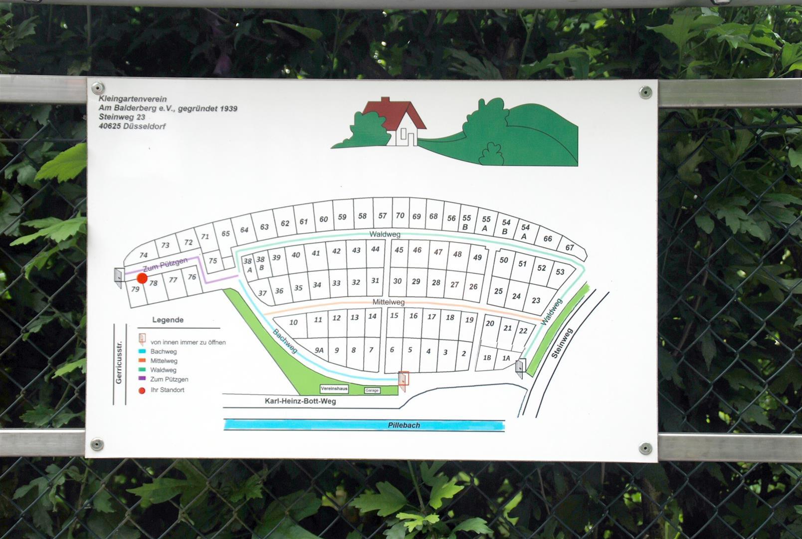 Lagepläne ermöglichen schnelle Orientierung (Foto: Stadt Düsseldorf/Gartenamt)