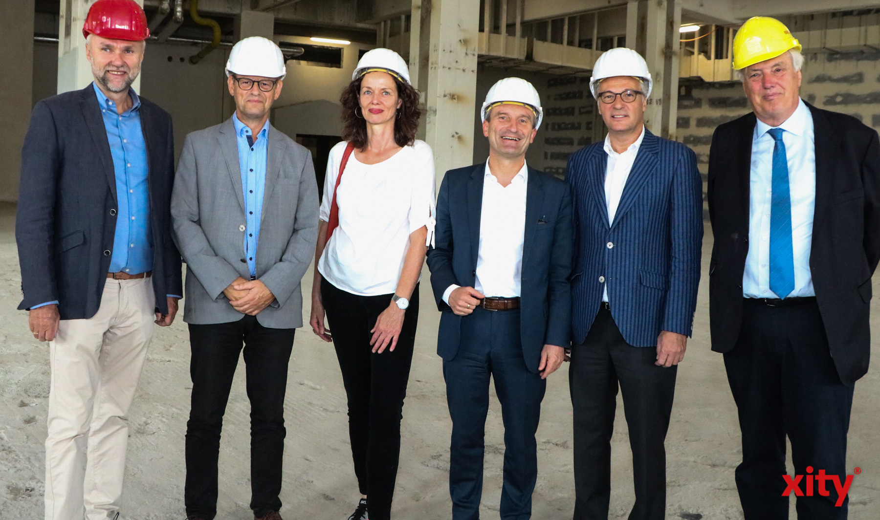 Oberbürgermeister Thomas Geisel, Katrin Tiedemann, Kulturdezernent Hans-Georg Lohe, Dr. Norbert Kamp, Dirck Smolka, Olav Janssen. (Foto: xity)