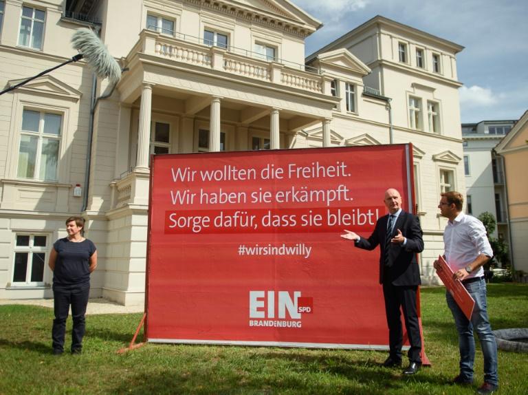SPD kontert Willy-Brandt-Plakate der AfD mit Gegenkampagne (© 2019 AFP)