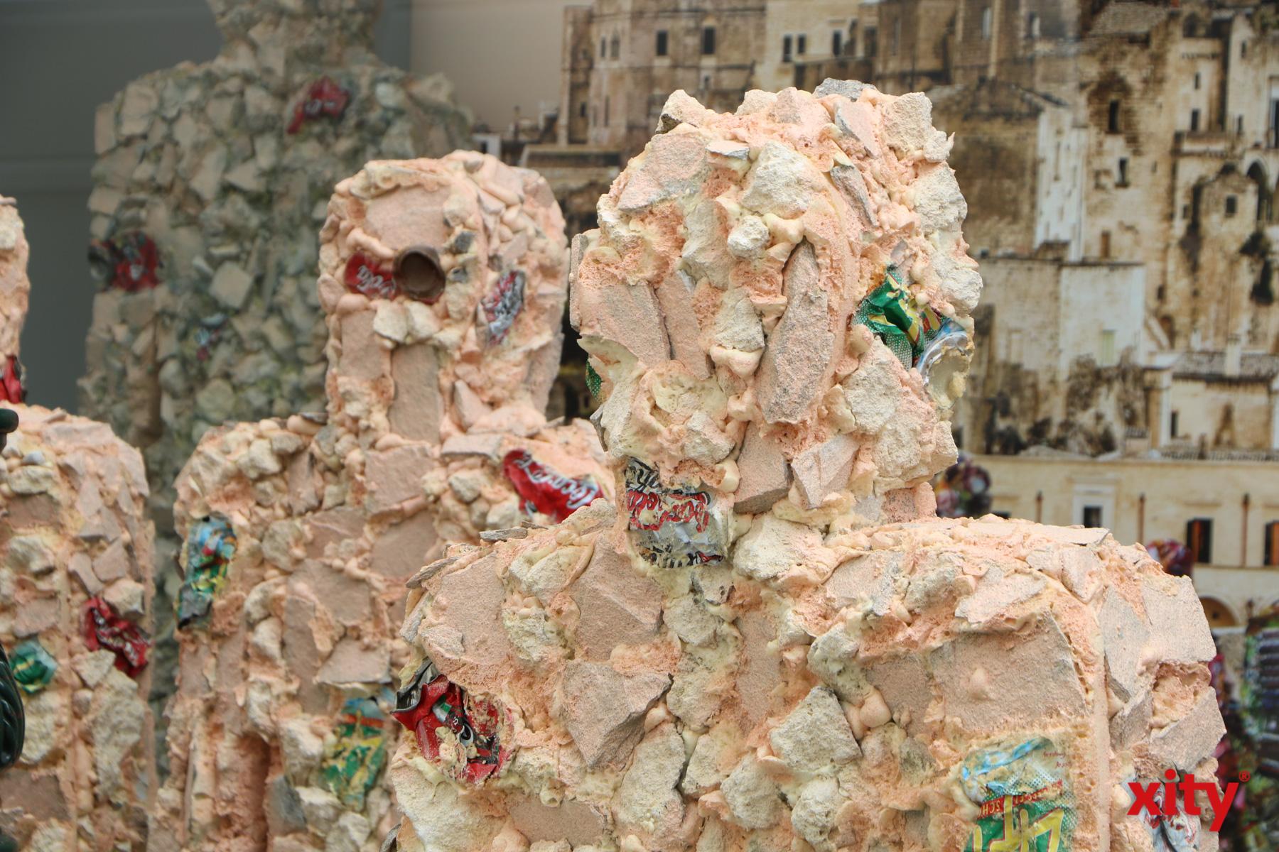 MIt den Trash People setzt HA Schult seit 24 Jahren ein Zeichen gegen Umweltverschmutzung (Foto: xity)