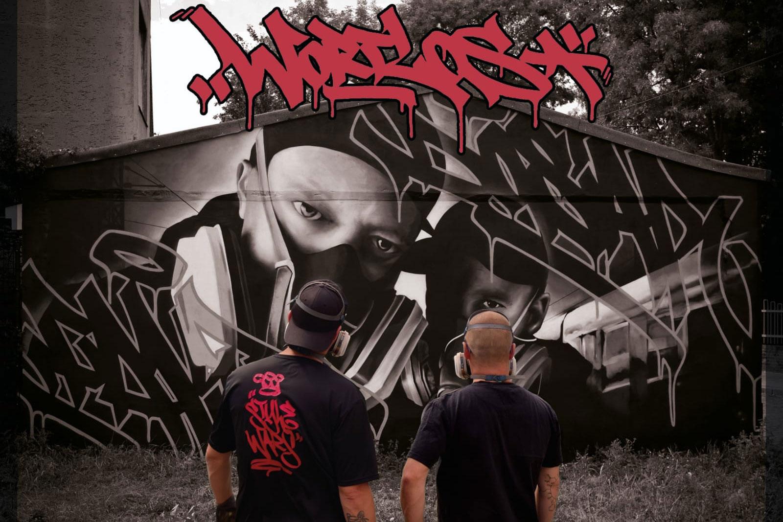 Die Graffitimaler DosarOne und Fakt47 bei der Entstehung eines Bildes. (Foto: Stadt Bremerhaven)