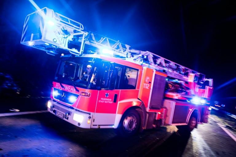 Elf Verletzte nach Brand in Flüchtlingsheim in NRW (© 2019 AFP)