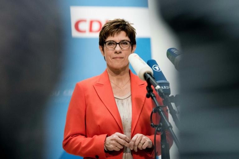 Kramp-Karrenbauer bekräftigt Nein der CDU zu Bündnissen mit AfD und Linken (© 2019 AFP)