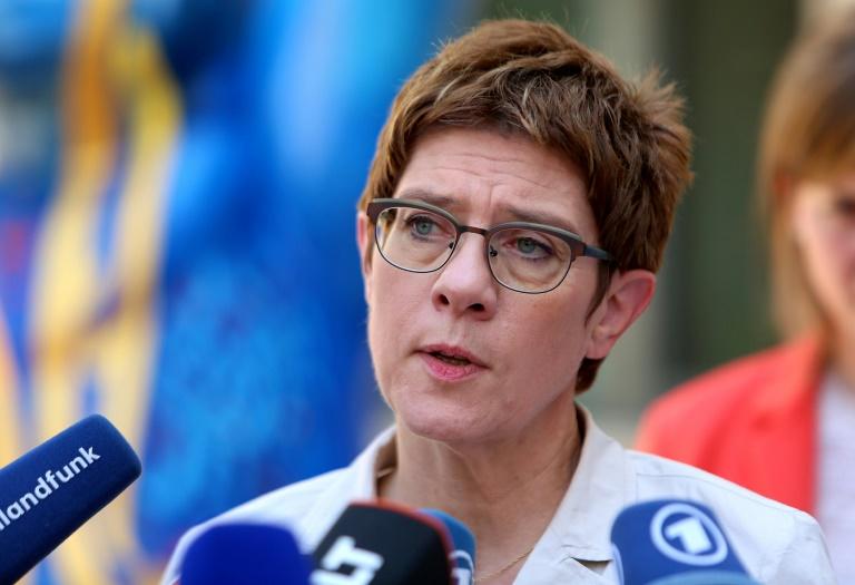 Kramp-Karrenbauer pocht auf Verlängerung des Anti-IS-Mandats