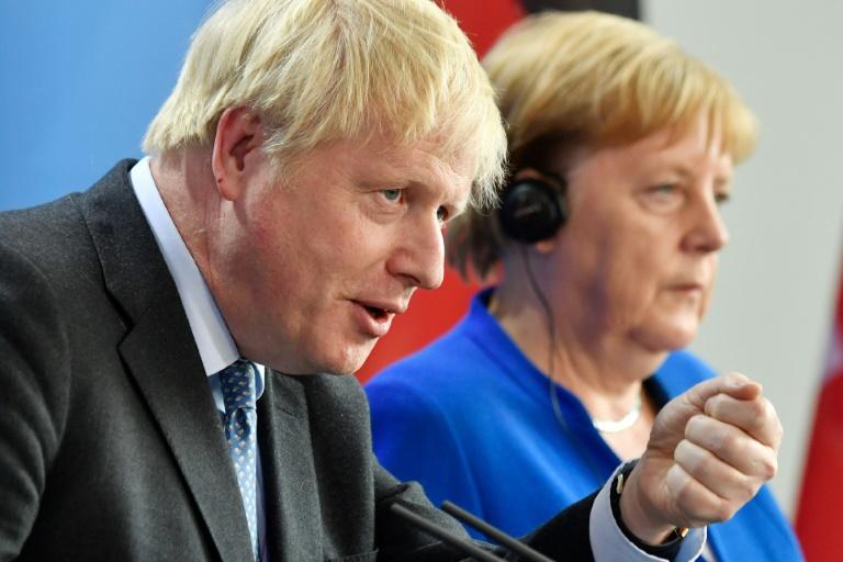 Merkel fordert klare Vorschläge für Grenzproblem beim Brexit