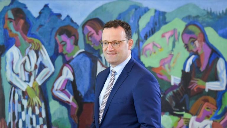 Spahn verteidigt Reformpläne für Patienten in Intensivpflege