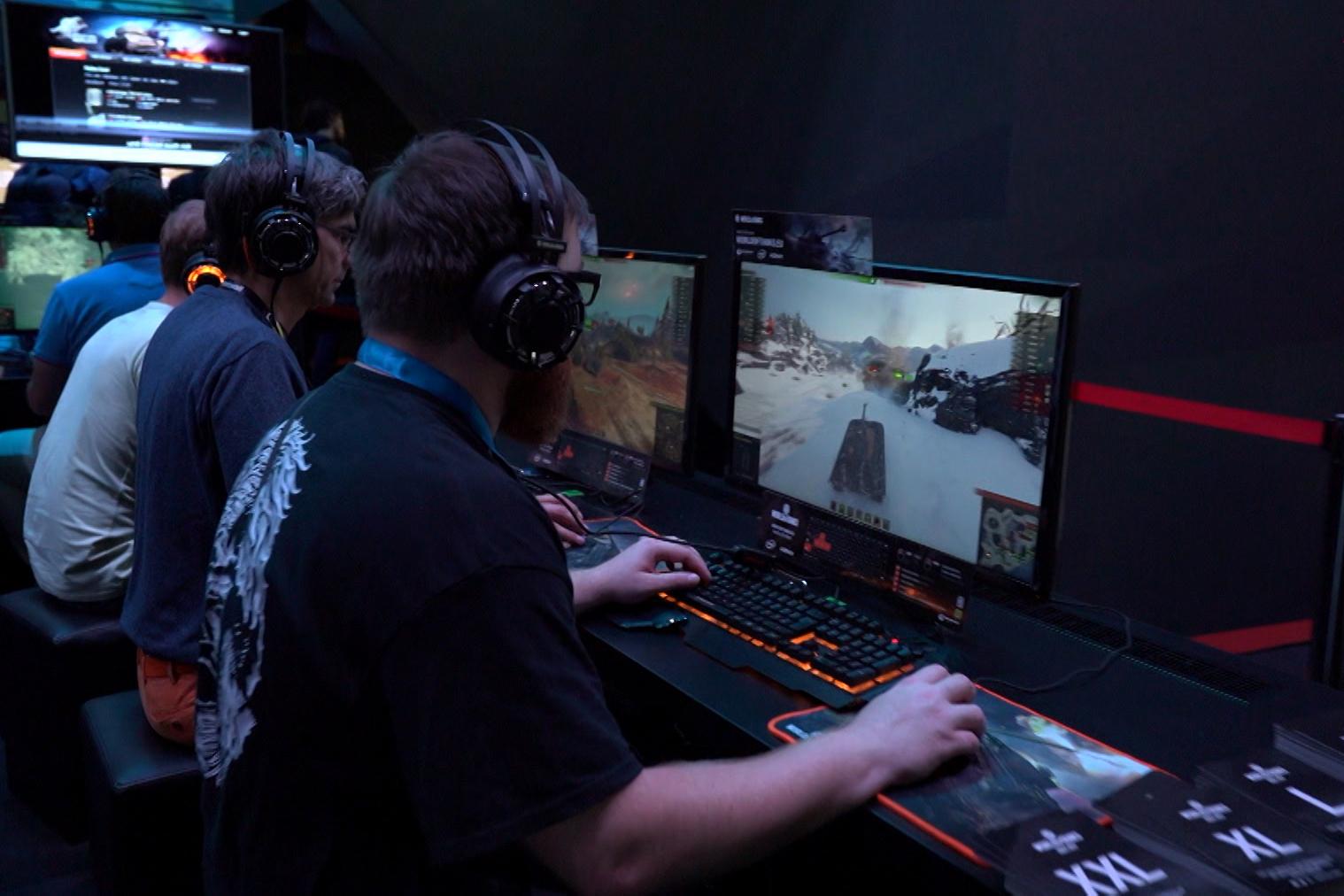 Hunderttausende Spielefans kommen jedes Jahr zur Gamescom nach Köln (Foto: hellofootage)