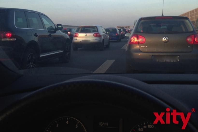 Die Autobahnen werden wieder zum Geduldspiel