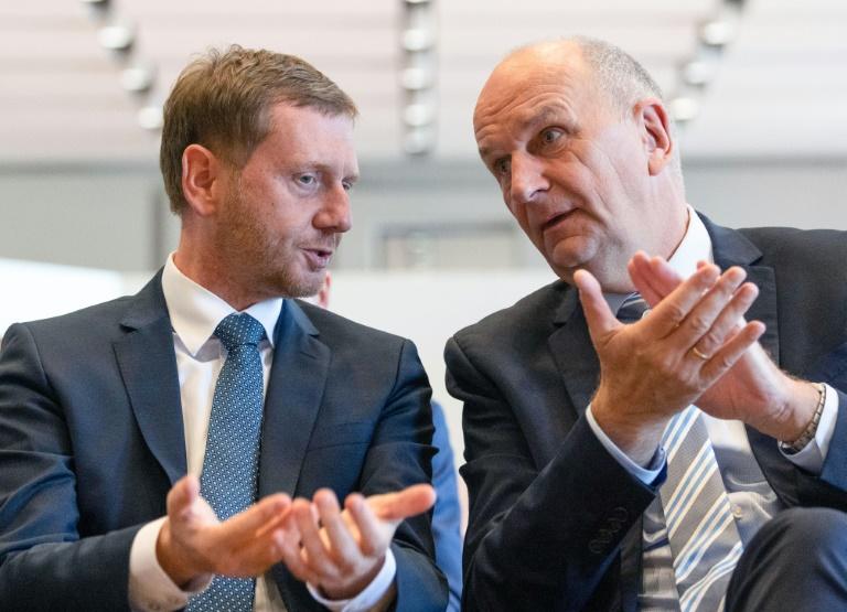 Ministerpräsidenten von Sachsen und Brandenburg werben vor Wahl für Weltoffenheit (© 2019 AFP)