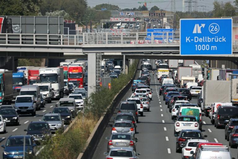 ADAC erwartet am Wochenende volle Autobahnen im Süden