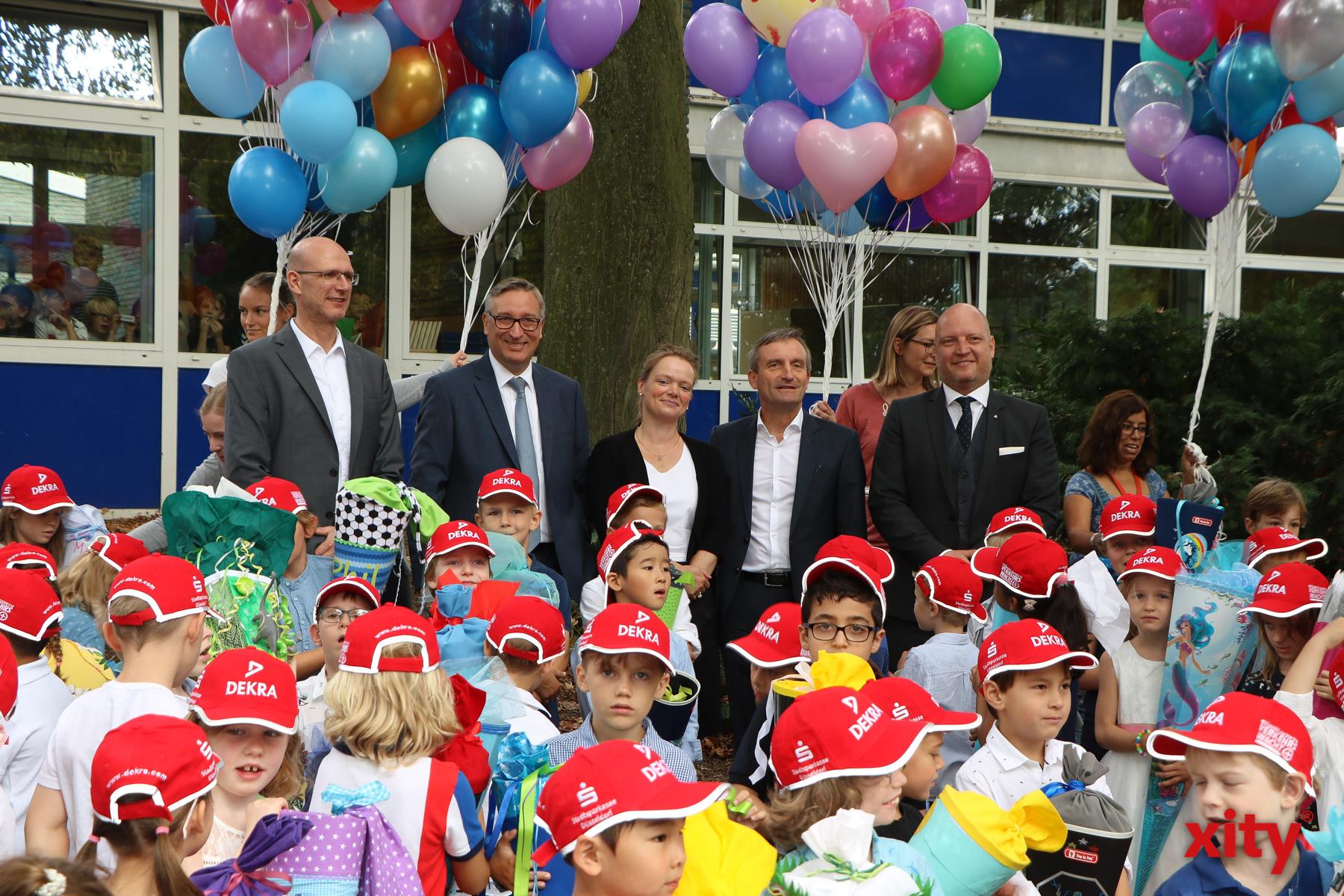An der Brehmschule in Düsseldorf wurde der erste Schultag besonders gefeiert (Foto: xity)