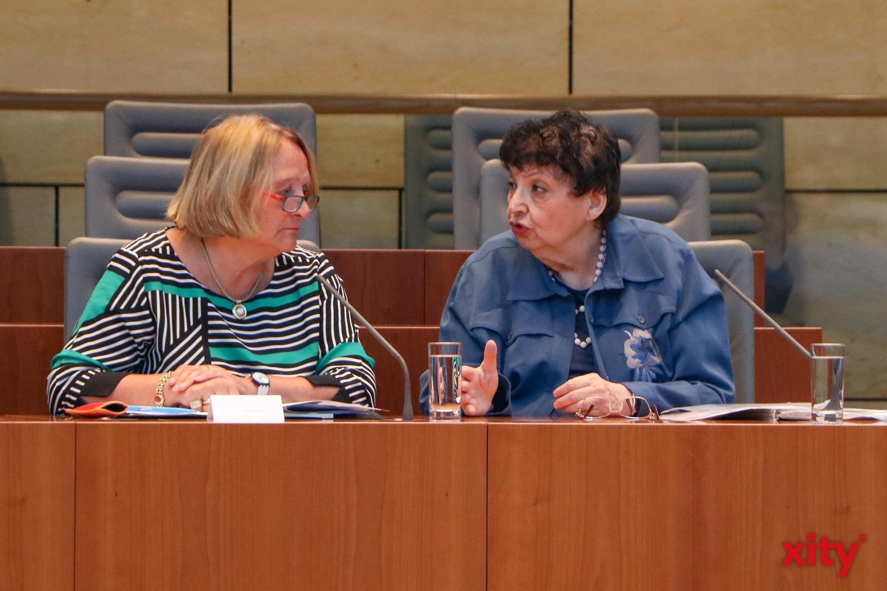 Antisemitismusbeauftrage Sabine Leutheusser-Schnarrenberger (l.) und Inge Auerbacher (Foto: xity)