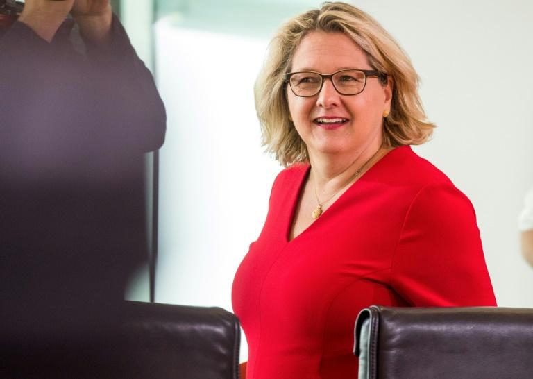 Umweltministerin Schulze mahnt ambitioniertes Klimapaket an