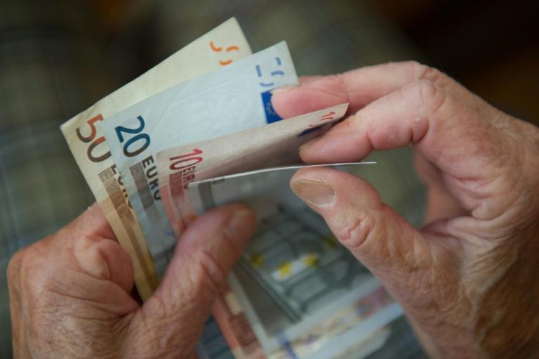 Studie stellt Grundrenten-Modellen der Koalition schlechtes Zeugnis aus (© 2019 AFP)