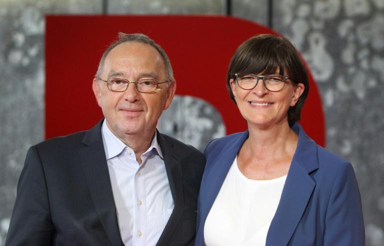 Jusos unterstützen offiziell Duo Esken und Walter-Borjans (© 2019 AFP)