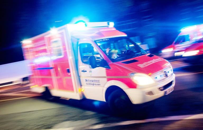 Neun Leichtverletzte bei von Brandstifter gelegtem Feuer in Schulzentrum (© 2019 AFP)