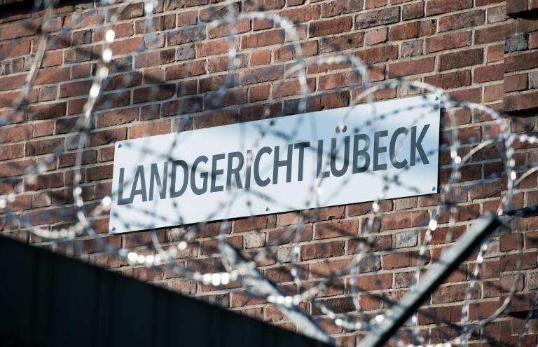 23-Jähriger wegen Mordes mit Pflanzenschutzmittel in Lübeck vor Gericht (© 2019 AFP)