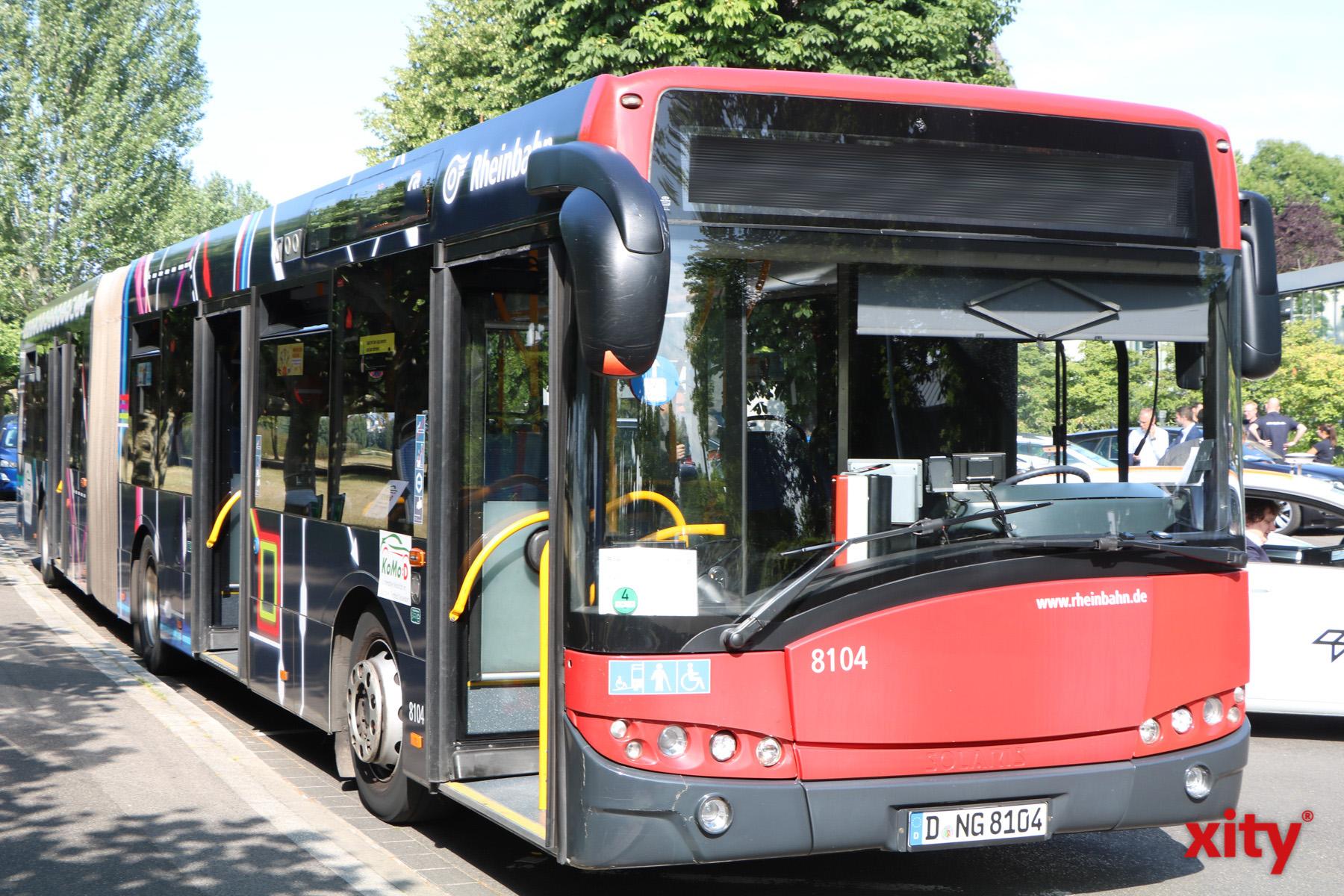 Busse fahren wegen Sperrung des Werstener Tunnels eine Umleitung (Foto: xity)